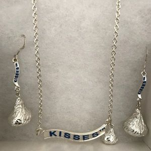 Hershey's Kisses necklace and earrings set